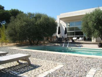 Vente maison t5 f5 marseille 13eme contemporaine jardin et - Amenagement piscine contemporaine marseille ...