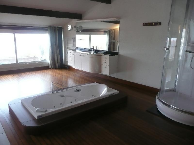 Chambre avec salle de bain et dressing images for Salle de bain avec jacuzzi