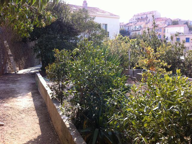 Location appartement t3 f3 marseille 7eme endoume appartement avec jardin et terrasse agence - Terrasse et jardin marseille ...