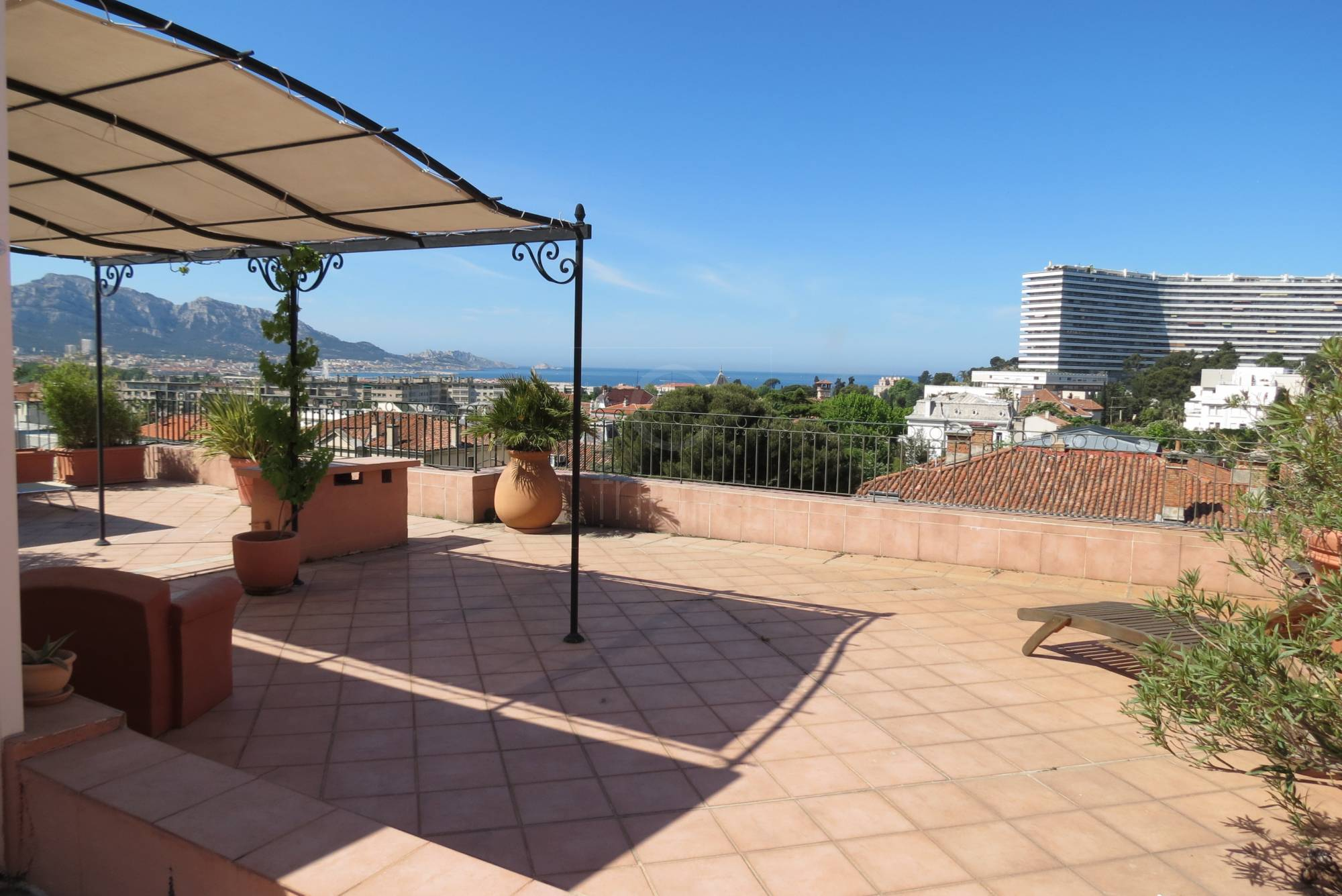 Vente appartement t4 f4 marseille 8eme rue paradis toit for Appartement t4 avec terrasse marseille
