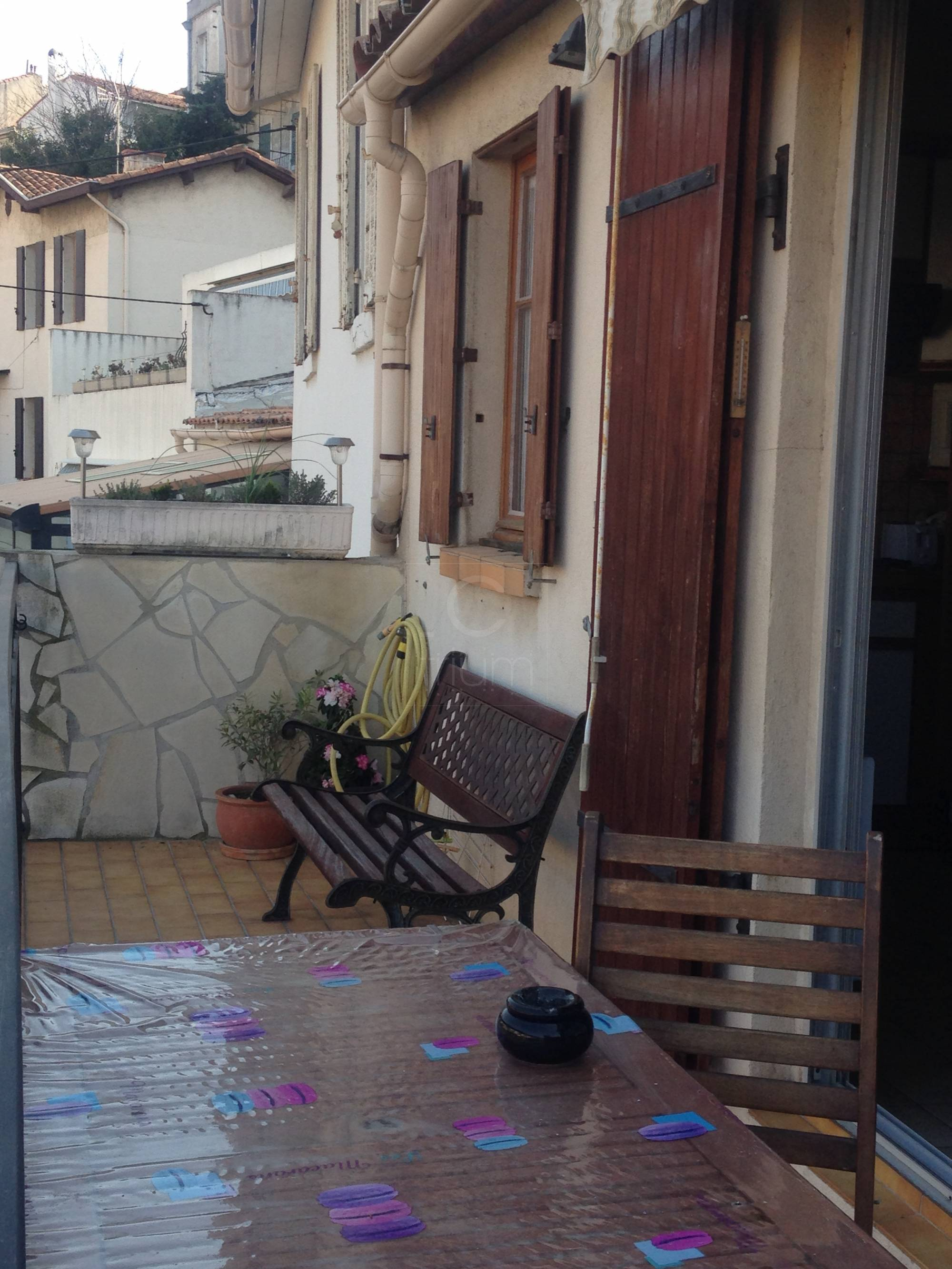 Vente appartement t2 f2 marseille 7eme endoume terrasse for T2 marseille terrasse
