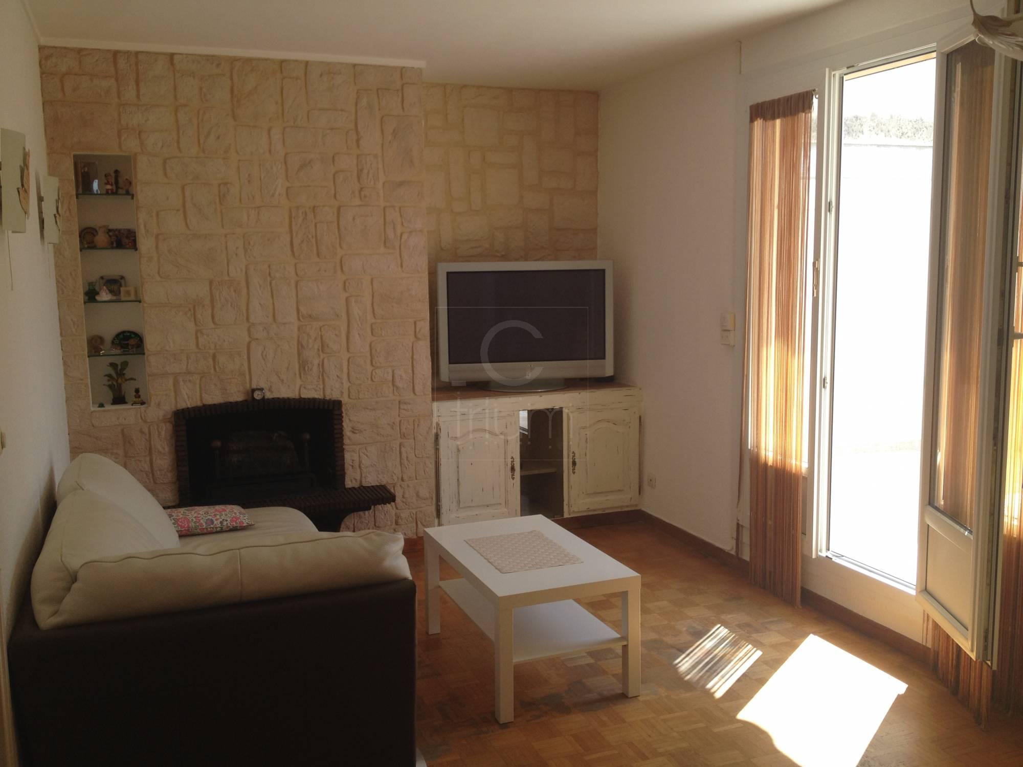 vente appartement t3 f3 marseille 7eme endoume dernier tage avec terrasse agence immobili re. Black Bedroom Furniture Sets. Home Design Ideas