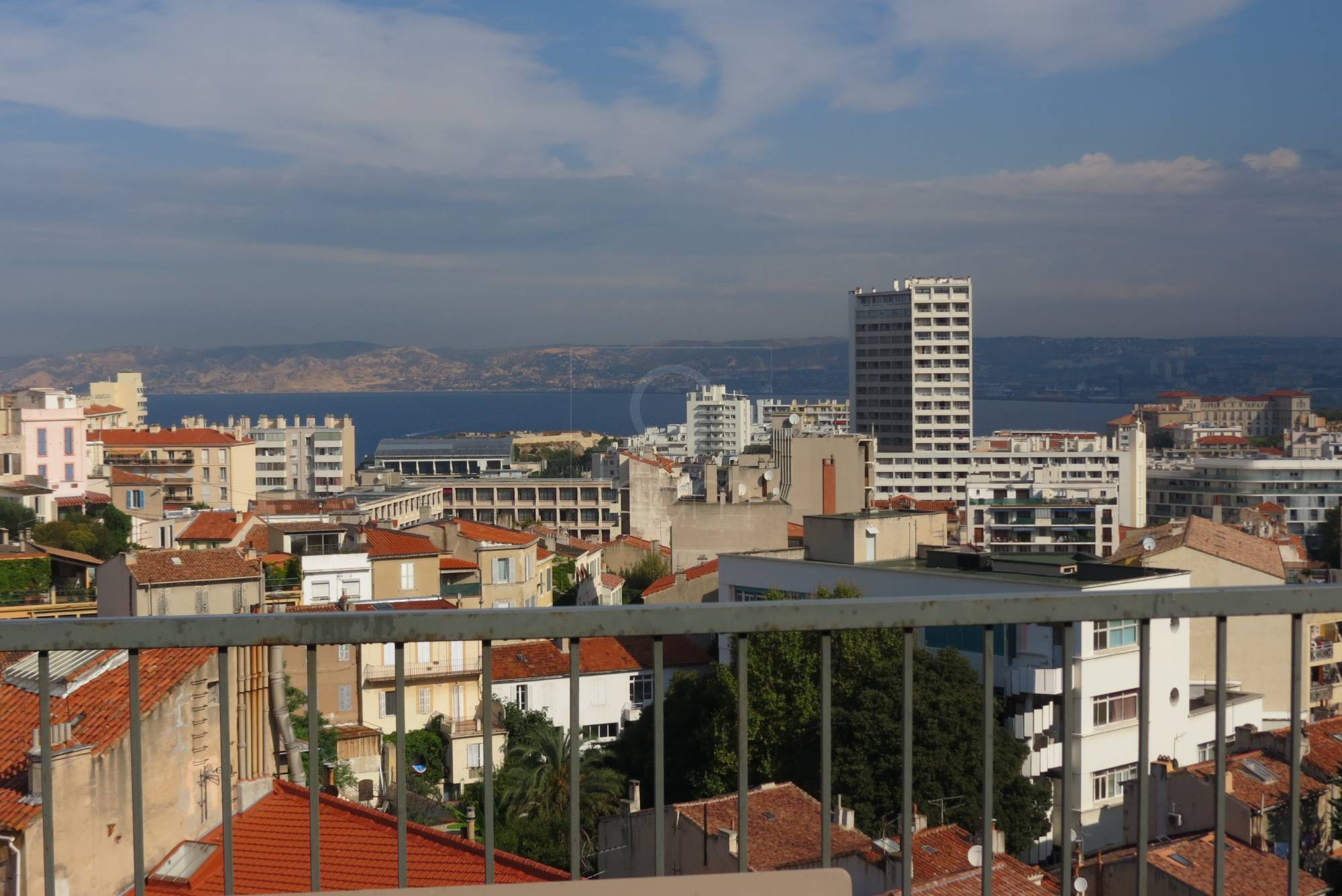 Vente appartement t3 f3 marseille 13007 bompard dernier for Appartement terrasse 13007