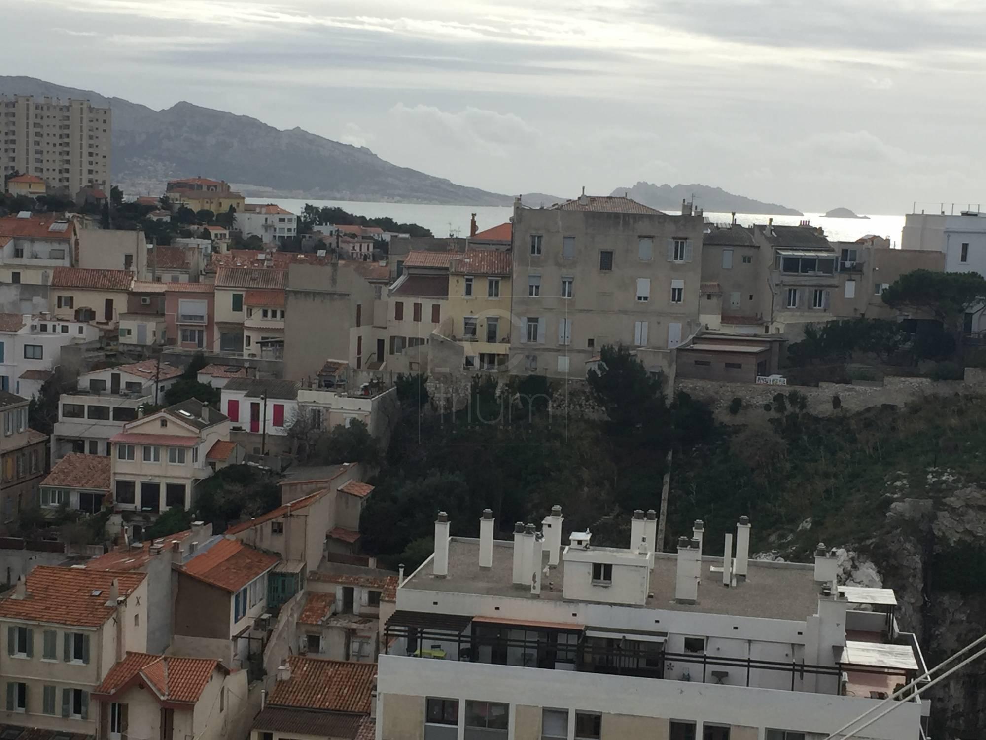 Vente appartement t4 f4 marseille 7eme vallon des auffes for Vente appartement toit terrasse marseille