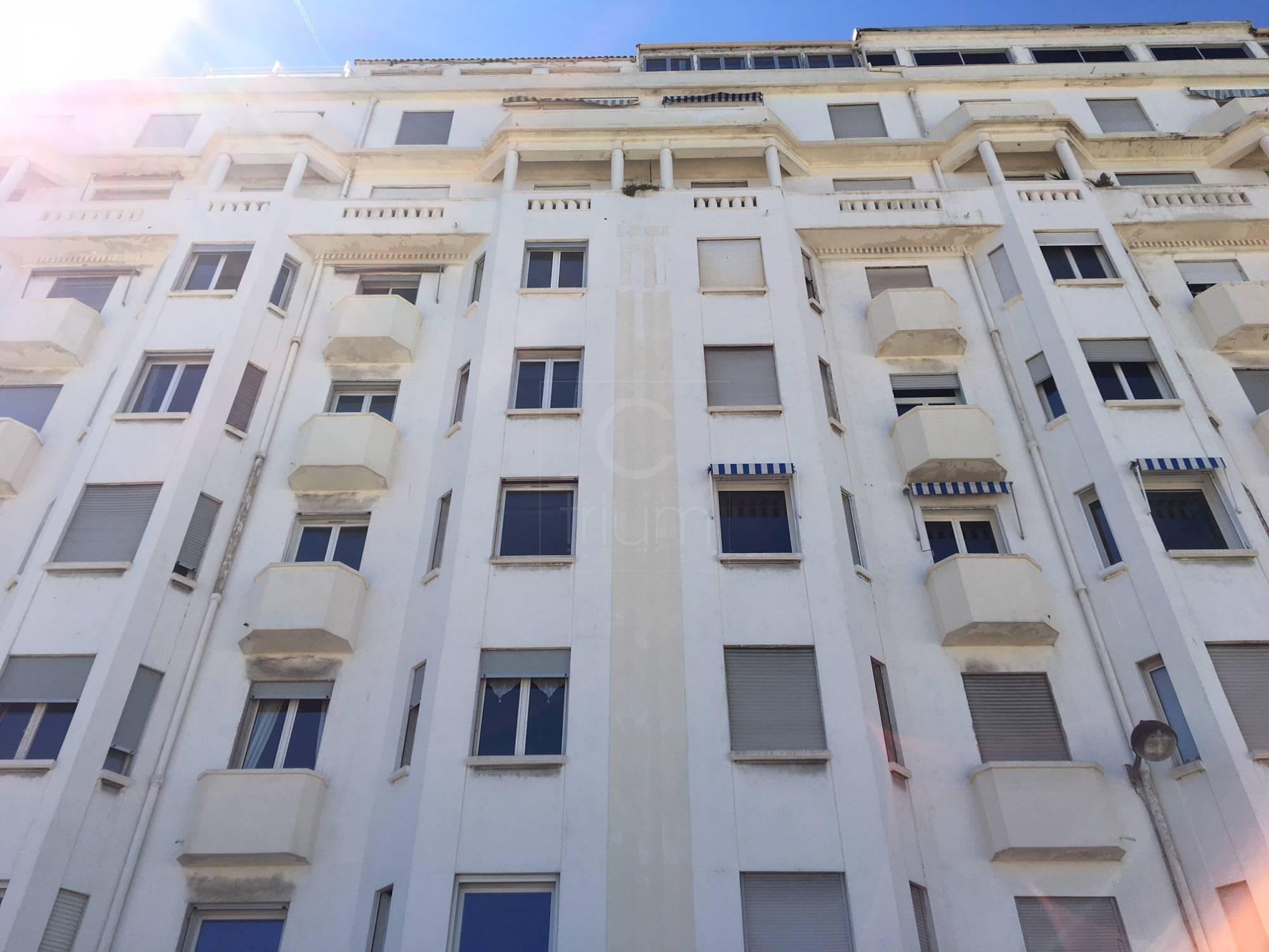 Vente appartement t1 f1 marseille catalans vue mer et for Deco appartement t1