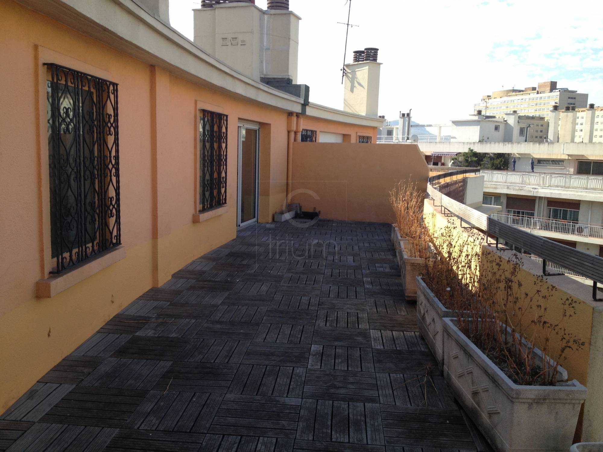 Vente appartement t4 f4 marseille 5 me sakakini dernier for Appartement terrasse 13007