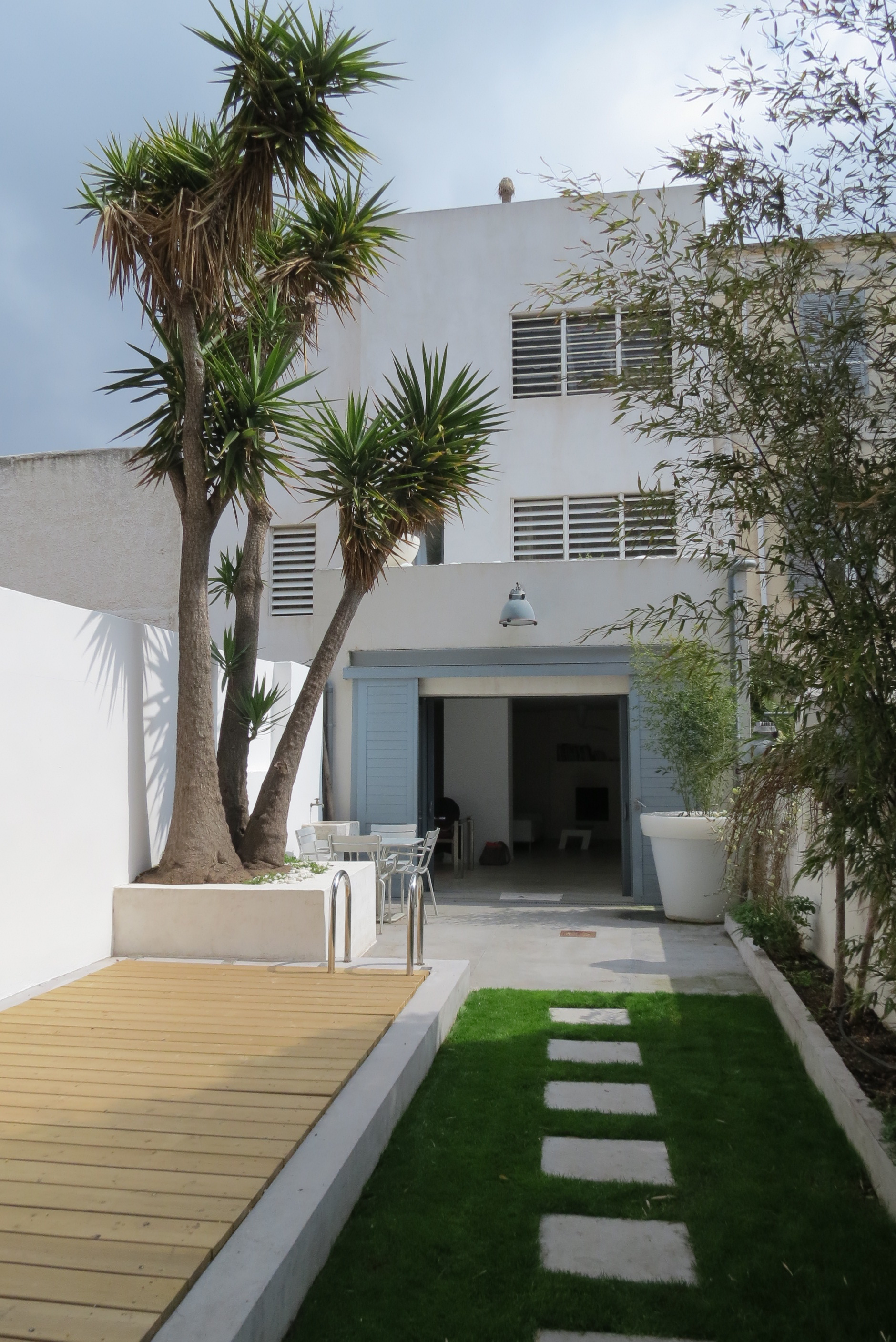 Vente t5 f5 marseille 7eme contemporaine piscine agence - Amenagement piscine contemporaine marseille ...
