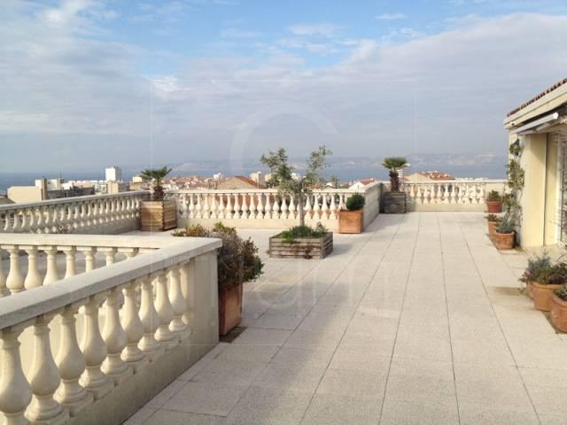 Vente appartement t4 f4 marseille 7eme terrasse et vue mer for Terrasse marseille vente