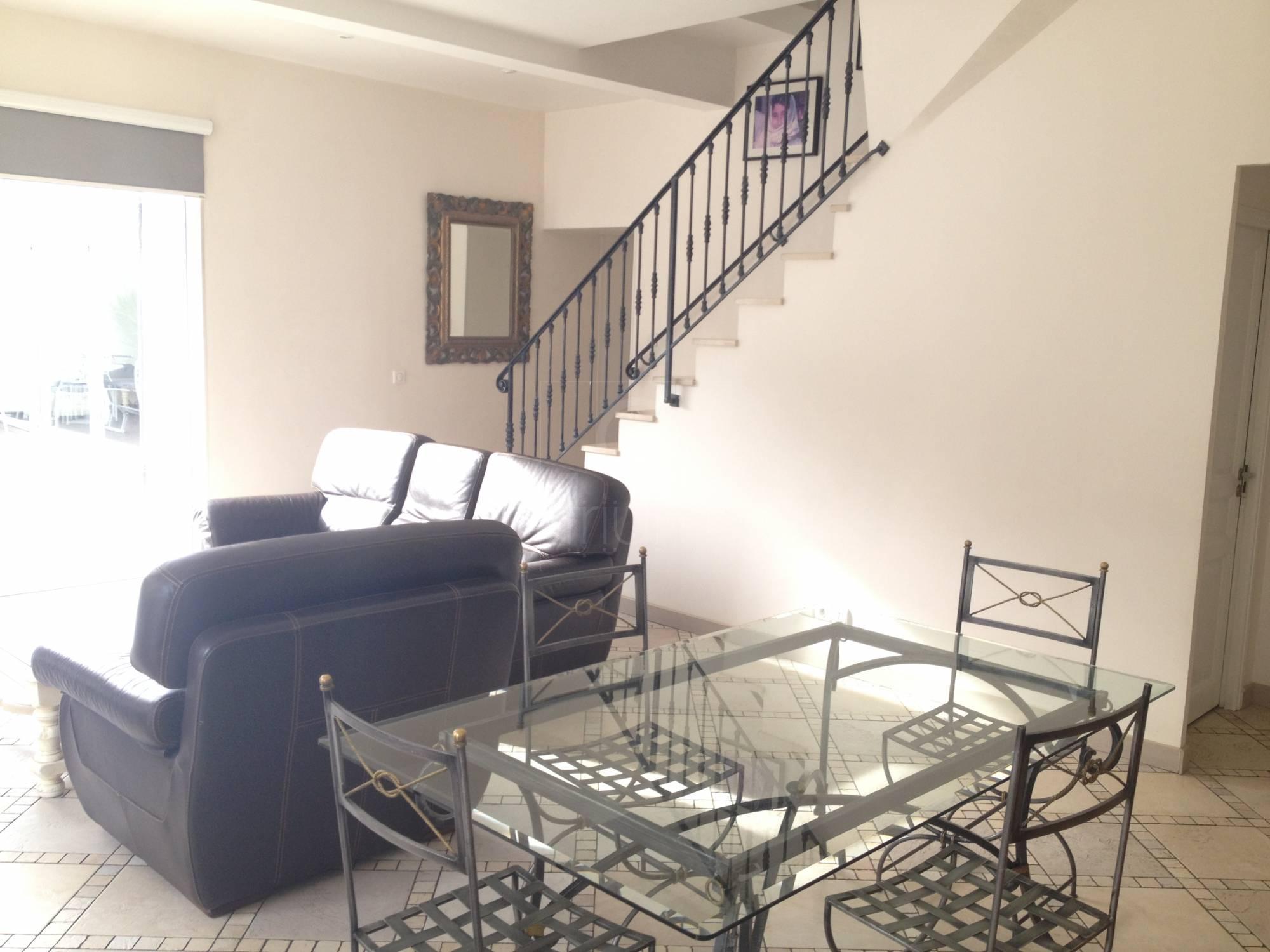 Vente appartement t5 f5 marseille 13013 la cordaire agence for Vente appartement marseille