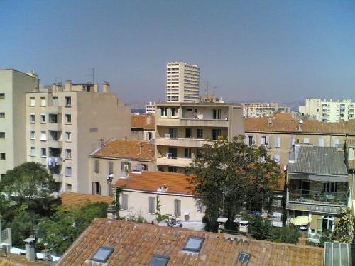 Agence immobili re appartement avec toit terrasse for Toit terrasse marseille vente