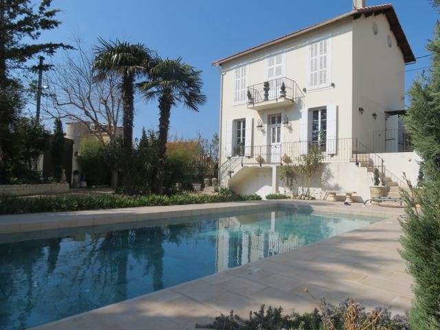 Vente maison d 39 exception avec piscine marseille pointe for Piscine marseille pointe rouge