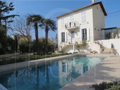 Vente Maison de ville Marseille 7eme  avec jardin arboré, proche commerces