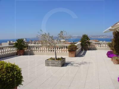 Vente Appartement T4 Marseille 7eme terrasse et vue mer